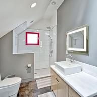 York : Upstairs Bath