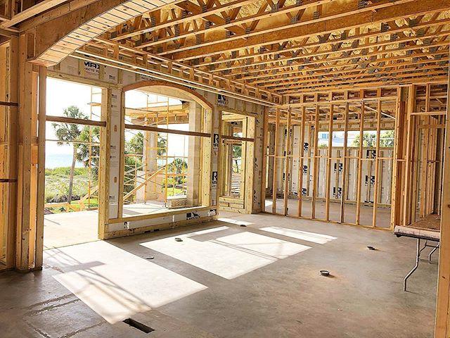Capone - Main floor interior 1.jpg