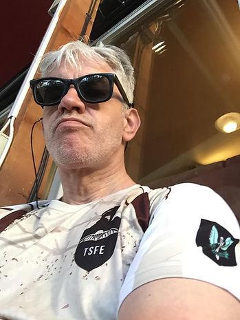 Fuck-off TSFE SAS Clive Hathaway Travis