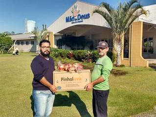 A Instituição recebeu doação de alimentos dos caminhoneiros