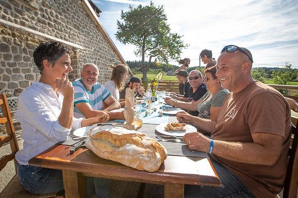 Repas ferme de vovady Haute Loire.jpg