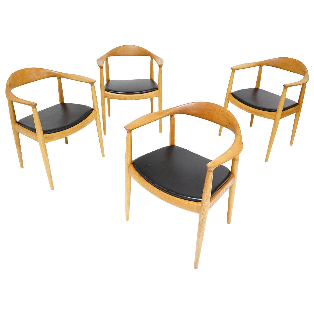 The chair round chair by hans wegner - Early Set Of The Classic The Chair Or Round Chair In Oak With The Early Finger Joints By Hans Wegner For Danish Cabinet Maker Johannes Hansen