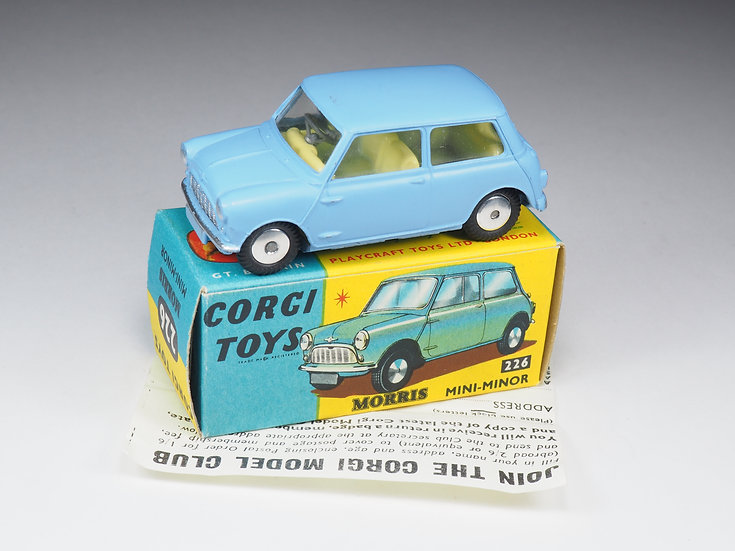 CORGI - 226 - MORRIS MINI MINOR