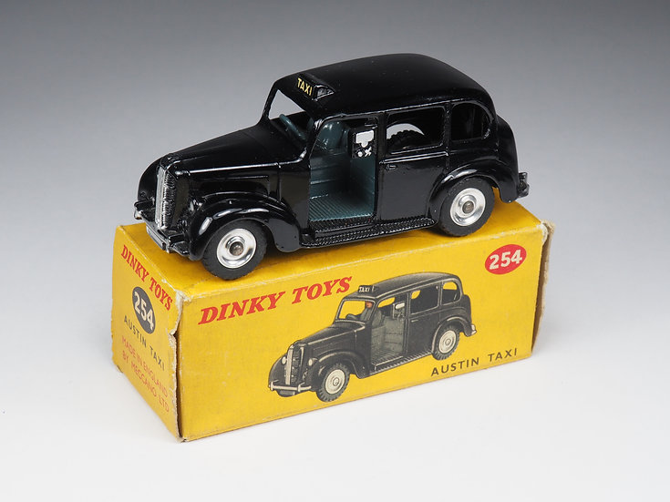 DINKY TOYS ENGLAND - 254 - AUSTIN TAXI - 1/43e