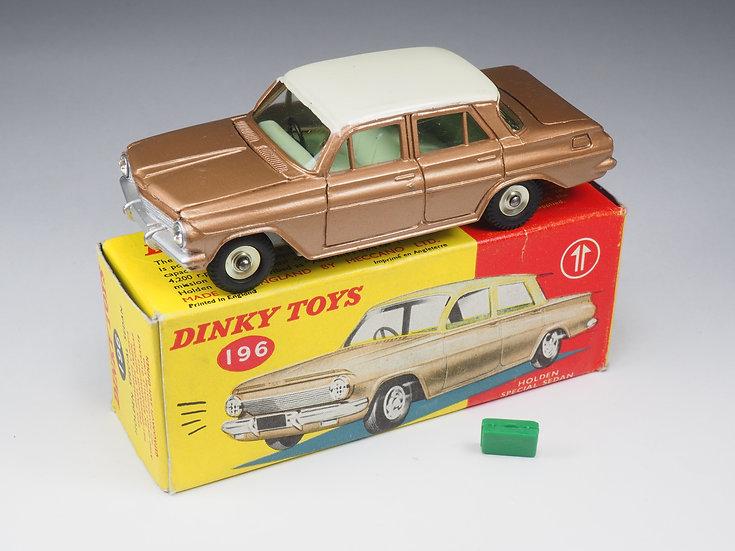 DINKY TOYS ENGLAND - 196 - HOLDEN SPECIAL SEDAN - 1/43e