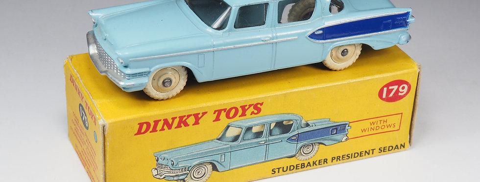 DINKY TOYS ENGLAND - 179 - STUDEBAKER PRESIDENT