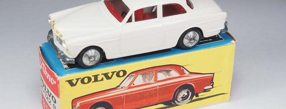 TEKNO - 810 - VOLVO 121/122S AMAZON - 1/43e
