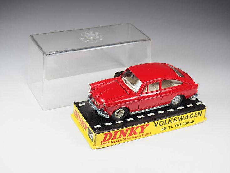 DINKY TOYS ENGLAND - 163 - VOLKSWAGEN 1600 TL FASTBACK