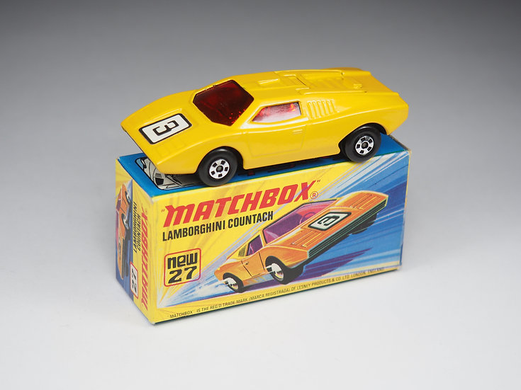 MATCHBOX SUPERFAST - 27 - LAMBORGHINI COUNTACH