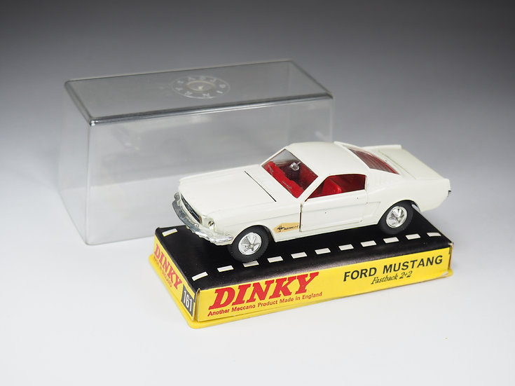 DINKY TOYS ENGLAND - 161 - FORD MUSTANG FASTBACK 2+2