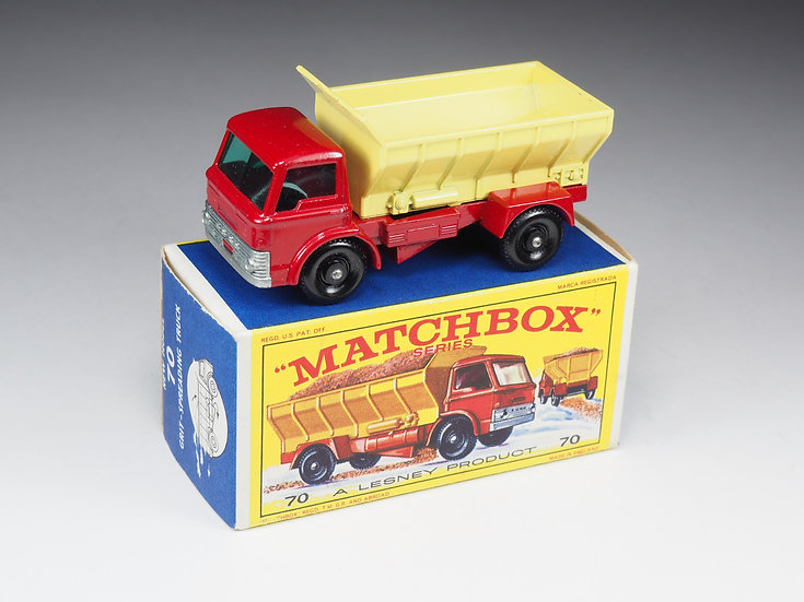 MATCHBOX - 70 - FORD GRIT-SPREADING TRUCK