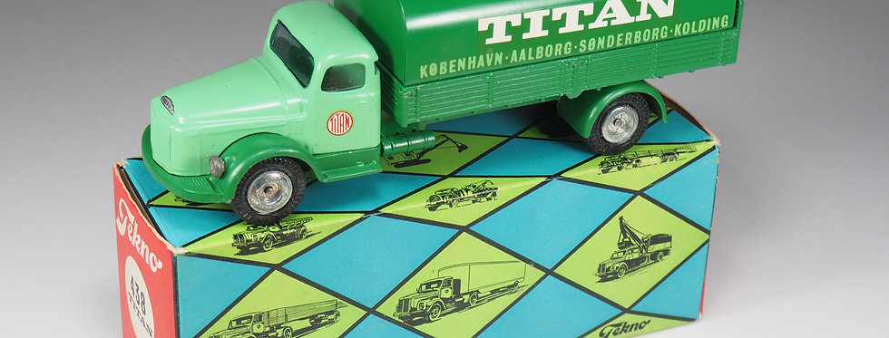"TEKNO - 438 - VOLVO COVERED ""TITAN"" TRUCK - 1/43e"