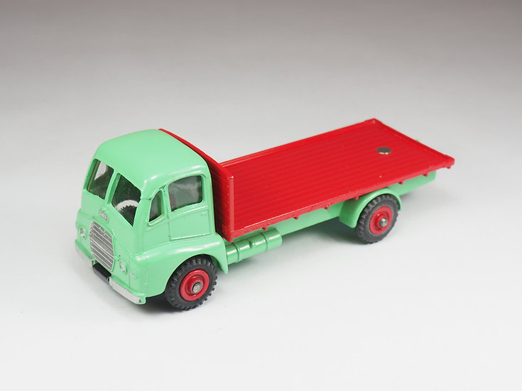 DINKY TOYS ENGLAND - 432 - GUY WARRIOR FLAT BED - 1/43e