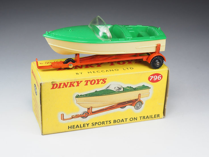 DINKY TOYS ENGLAND - 796 - HEALEY SPORTS BOAT ON TRAILER