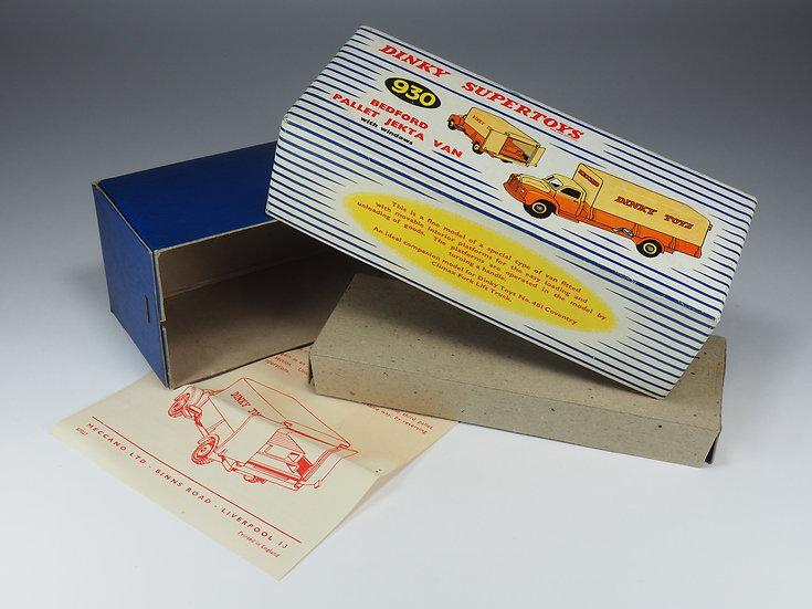 DINKY TOYS ENGLAND - 930 - BEDFORD PALLET JEKTA VAN BOX