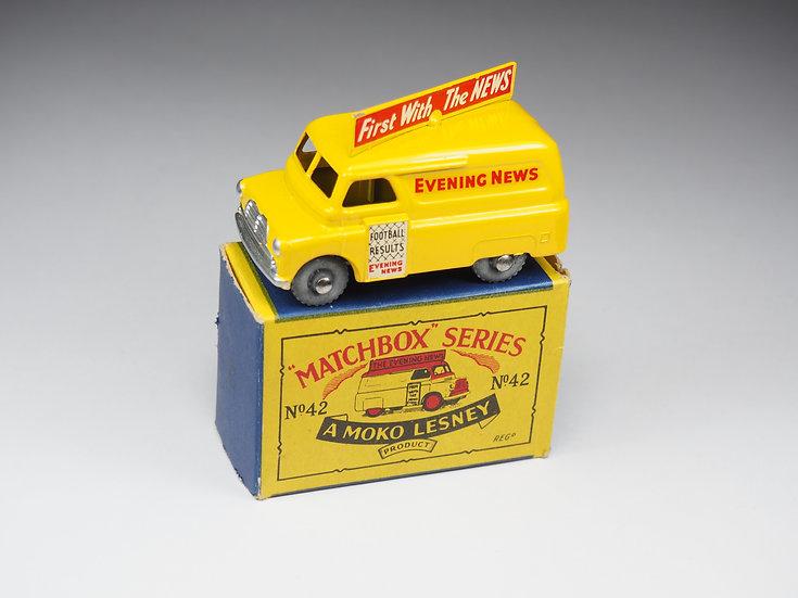 """MATCHBOX - 42 - BEDFORD """"EVENING NEWS"""""""