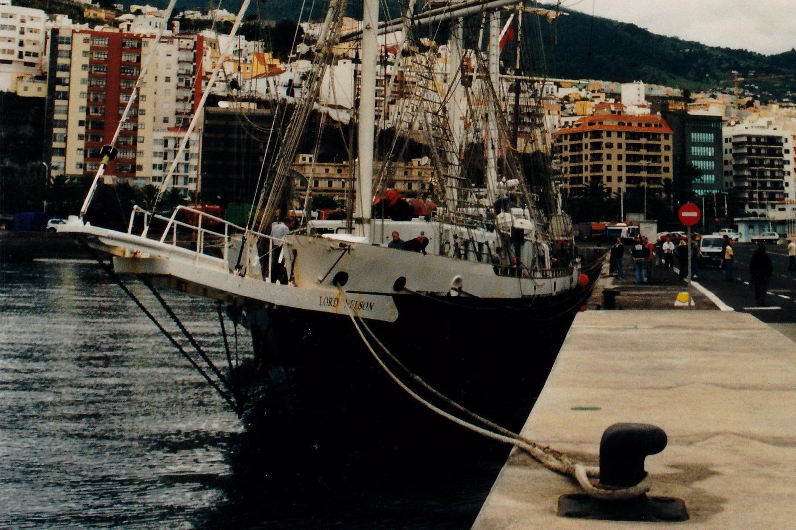 02LORD_NELSON_1002495_©Jorge_L.__Henríquez_Hernández._30_noviembre_2003_(1r)