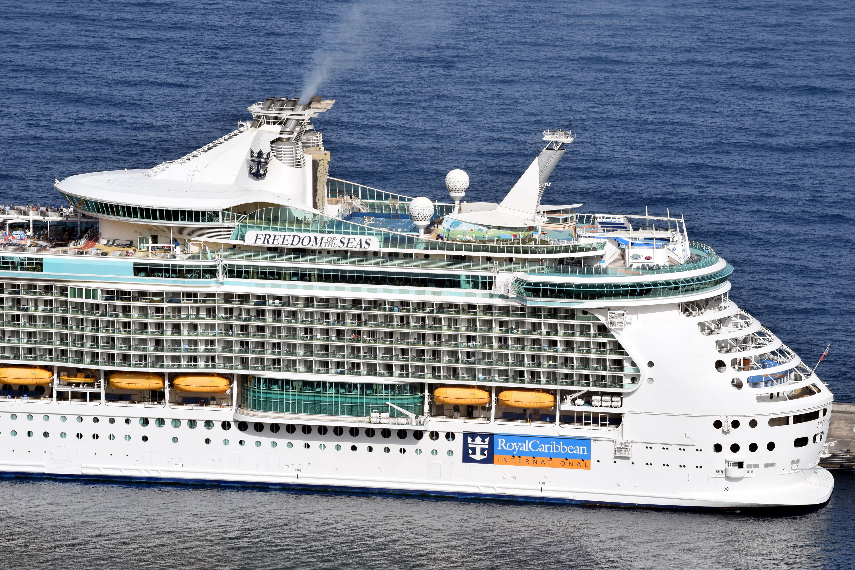 FREEDOM_OF_THE_SEAS_9304033_©Jorge_L