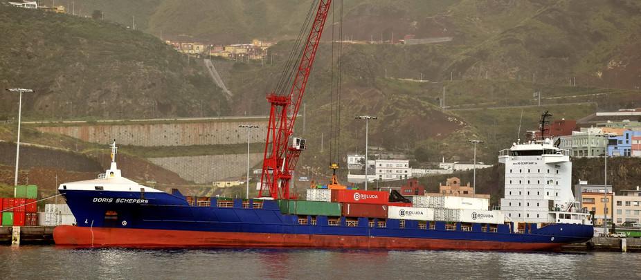 El portacontenedores DORIS SCHEPERS se estrena en La Palma