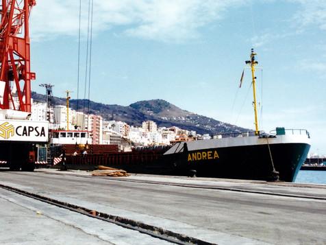 ANDREA_8104591_©Jorge_L._Henríquez_Hernández._27_septiembre_2002._Primera_escala_(1).jpg