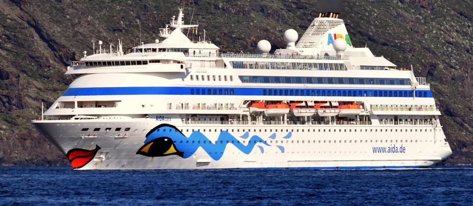 Un pasajero del AIDAcara cae al mar en viaje Cabo Verde-La Palma