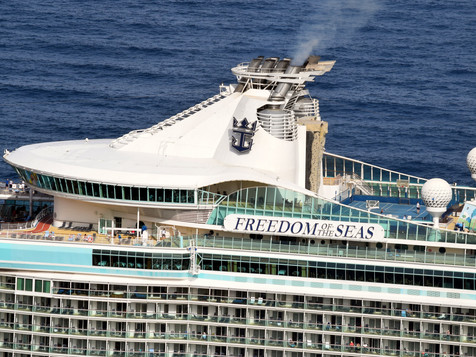 FREEDOM_OF_THE_SEAS_9304033_©Jorge_L._He