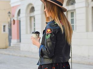 Hat und Kaffee