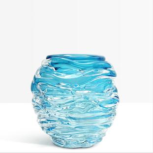 Vase drapé
