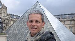 Prof. Ricardo Sampaio