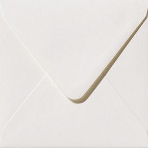 enveloppe couleur blanc cassé