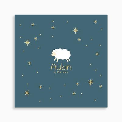 faire-part de naissance mouton blanc dans les étoiles pour garçon de couleur bleu foncé