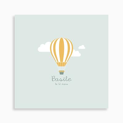 faire-part de naissance montgolfière dans les nuages pour garçon de couleur bleu clair