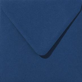 enveloppe de couleur bleu nuit