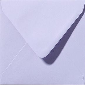 enveloppe de couleur lavande
