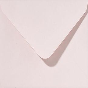 enveloppe de couleur rose pale