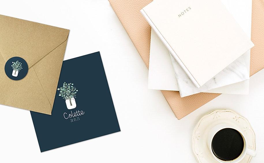 ajouter un petit stickers naissance sur le dos de votre enveloppe pour faire la différence