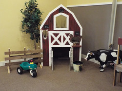 Play in the barn or on the tractor