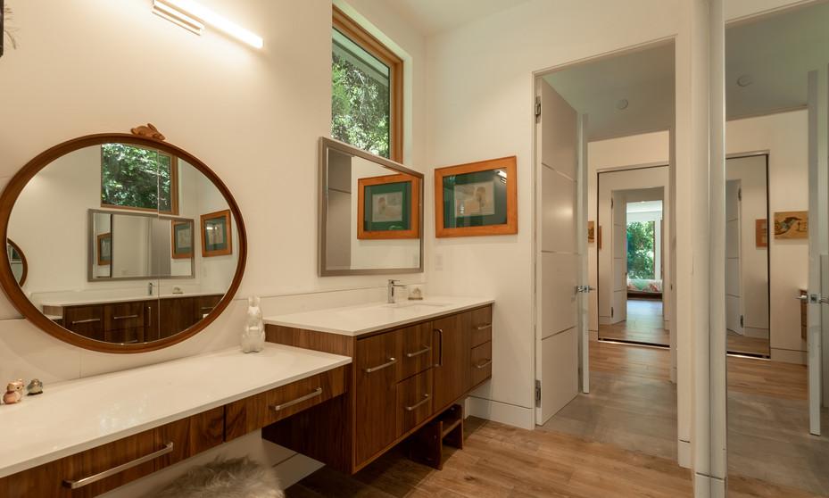 Scotts Valley Modern Bathroom