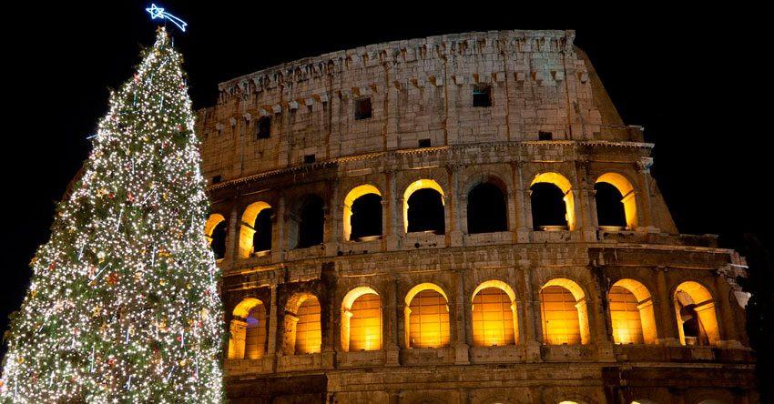 Coliseu e arvore de natal