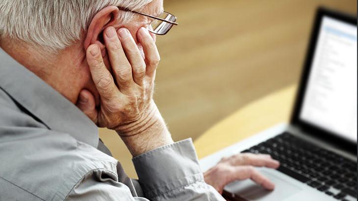 É possível fazer um curso online sem saber informática?
