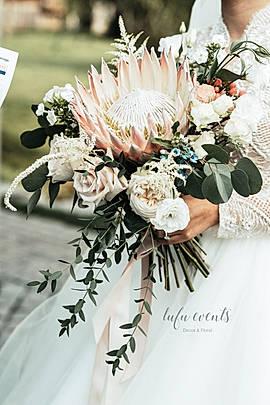bouquet king protea