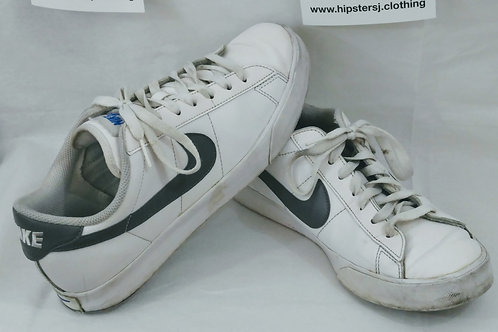 Nike Leather Low top