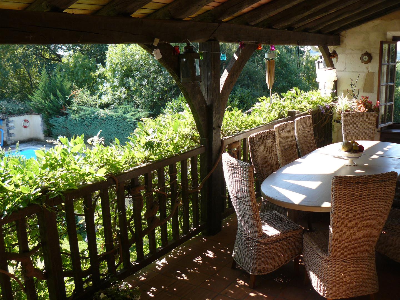 Balcony dining table 4