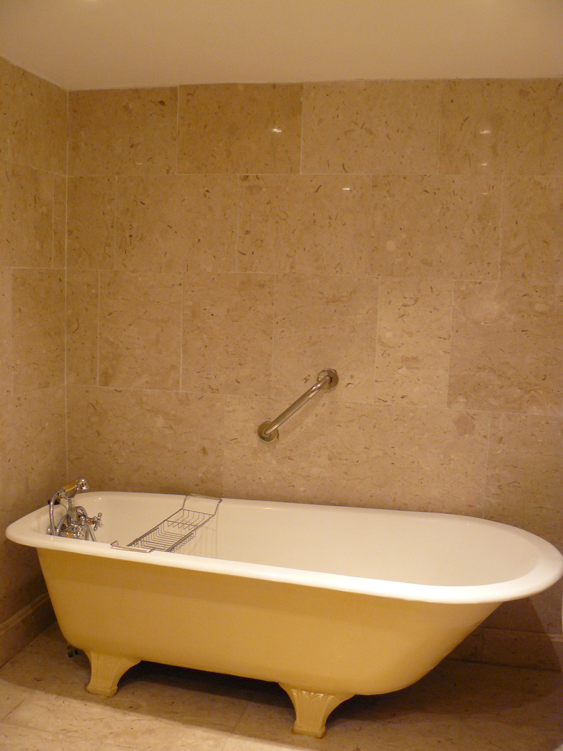 Marble bathroom (2)