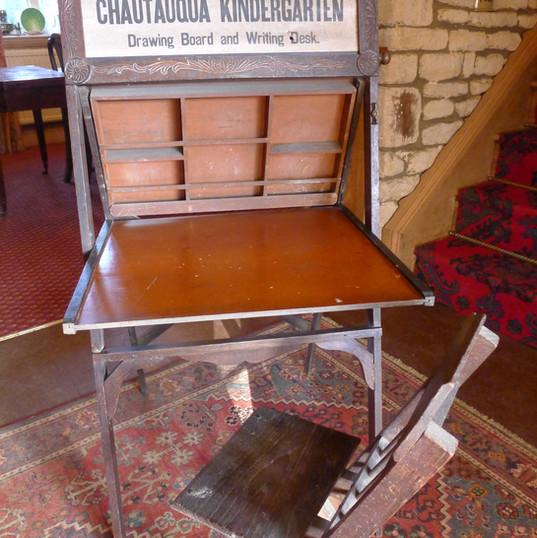 Chautauqua Kindergarten desk and chair 2