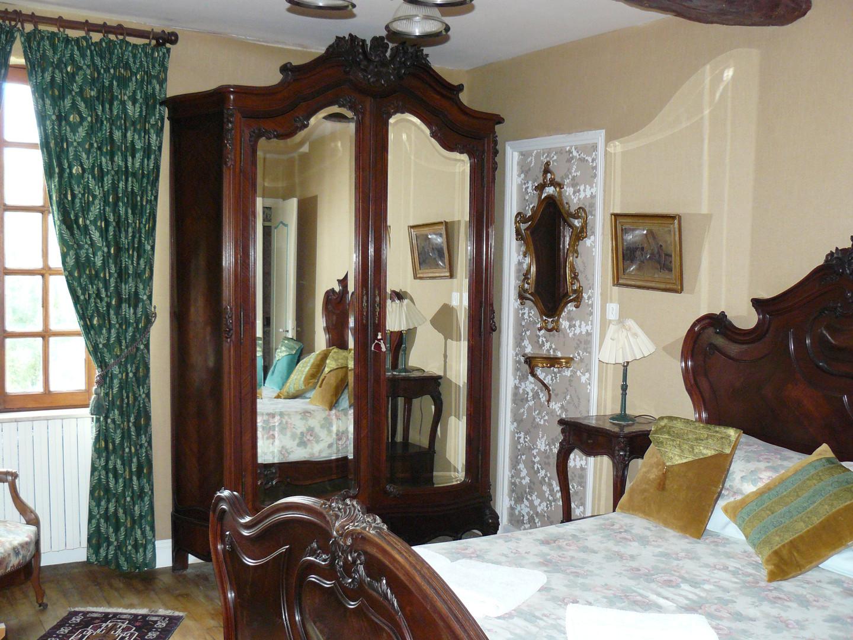 Brochet's room (2)