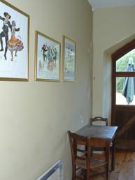 Kitchen Middle Apartment (2)