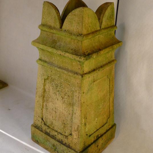 Buff clay chimney pot 4