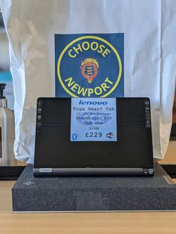 Lenovo Yoga Smart Tab £229