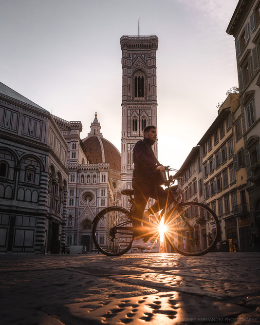 Early morning light in the Piazza del Duomo